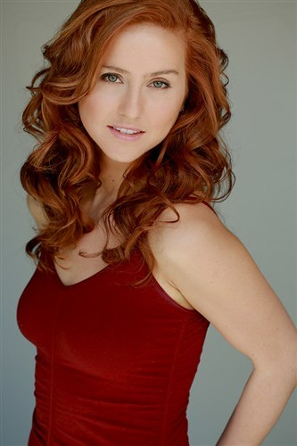 Ashley Sullivan will play Robin