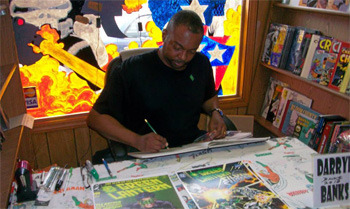 Darryl Banks sketching away for a fan