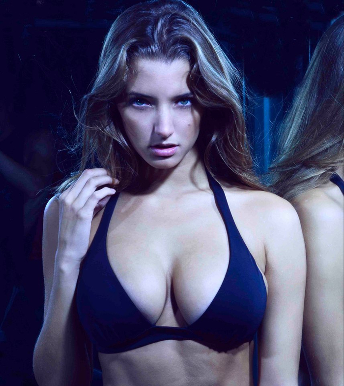 Miss July 2013 Alyssa Arce