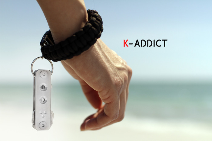 Cineik K-Addict Paracord Bracelet At Beach