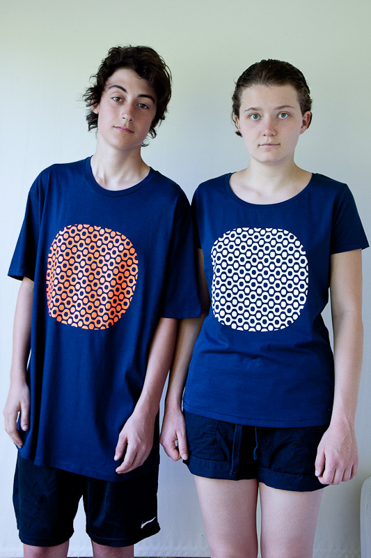 reward 50 US$ T-shirt in navy blue with orange and white Ipanema finish, available in S,M,L,XL and XXL