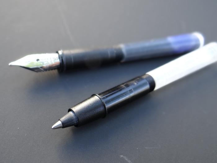 Dicas de caneta esferográfica e fonte já estão sendo produzidos, cortesia de linha Schreibgeräte GmbH, Alemanha. Nossa solução lápis ainda está em desenvolvimento.