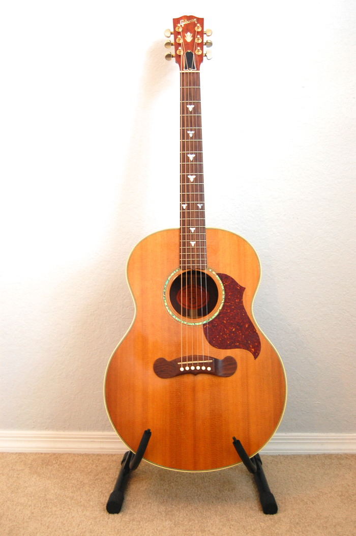 Gibson L-130 Acoustic Guitar