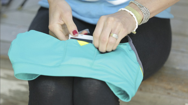 A look inside Swoob's patented, pocketed sports bra.