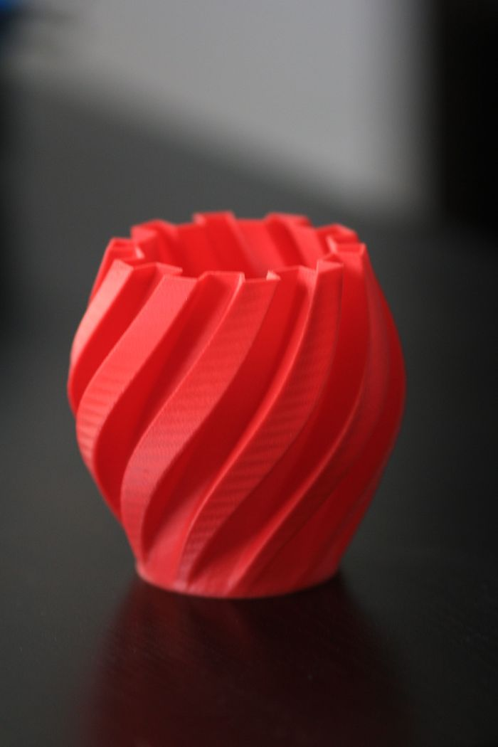 Twisted Gear Lamp/Vase - 0.2mm layer height, printed with MatterHackers red ABS