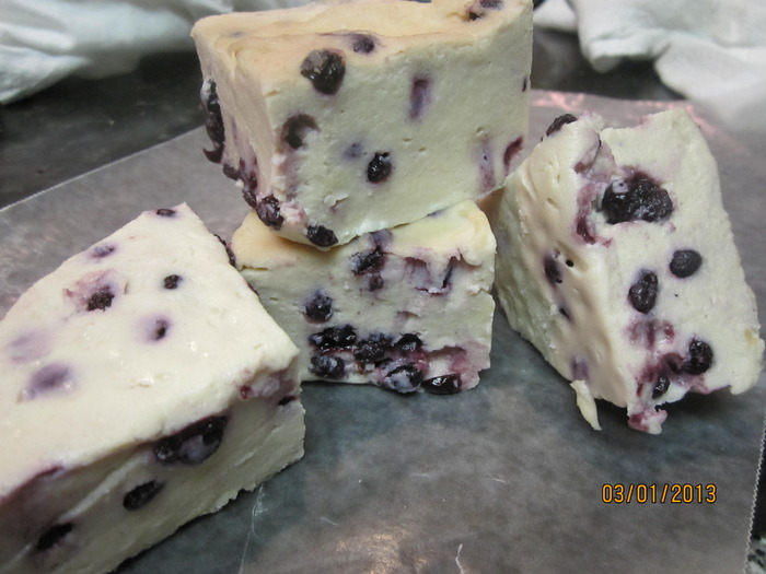 Stilton with blueberries