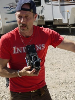 "JON GRIES on set of his latest directing endeavor, ""Pickin n' Grinnin""."