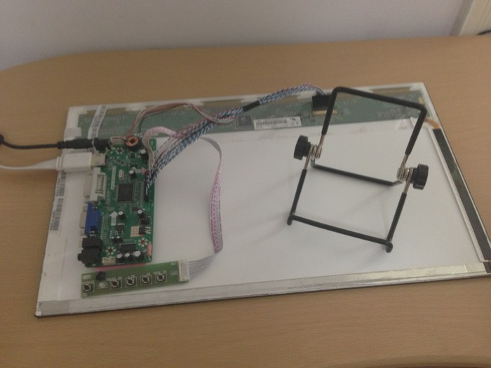 The Able-HD prototype set with adapter board, LED panel, stand and charger.