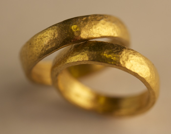 Pair of 24K gold bands