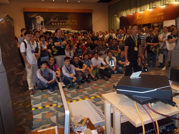 Demonstrating Da Vinci DAC at the Hong Kong Audio Show