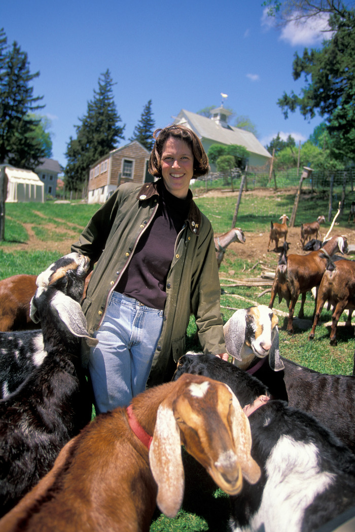 Liz with very social nubians                  http://www.kindraclineff.com/