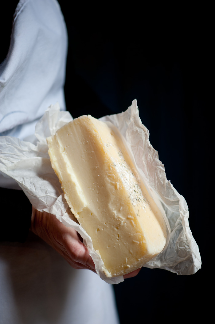 Pingree Hill Tomme                                      http://www.kindraclineff.com/