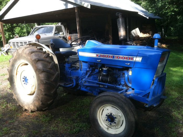 Meet Rossie, our 1974 Ford 3000 Tractor