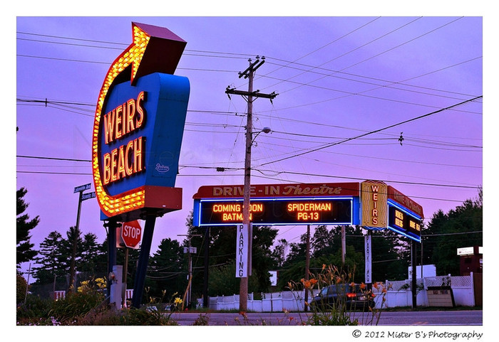 Weirs Drive-In at dusk in the summer.