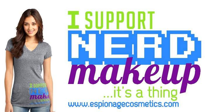 """I Support Nerd make up."" t-shirt"