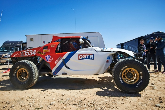 650 horsepower Class1 buggy at the Mint400