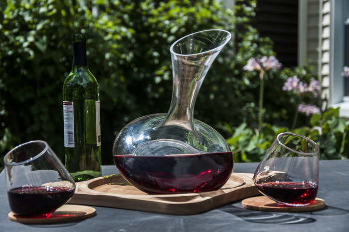 Revolutionary wine glasses
