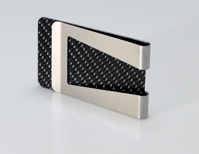 Add the optional RF blocking shield to make CardClip or KeyClip a slim, RFID scan resistant wallet.