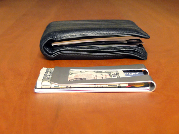 CardClip, a clip-style slim wallet, has great spring resiliency and easy card or cash access.