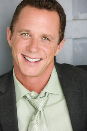 "Aaron Bornstein as ""Stephen"""