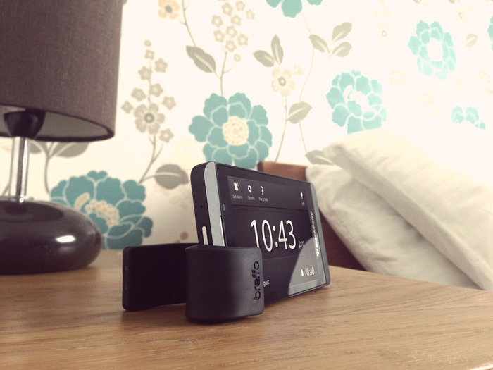 Gumstick & Blackberry - Bedside Clock