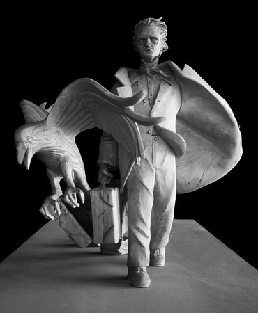 Stefanie Rocknak's statue of Poe