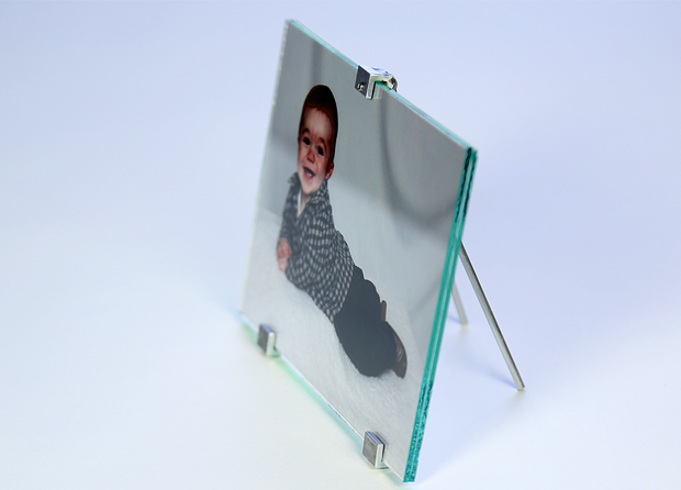 "Displayed here is 5""x7"" Standing Photo Frame in Landscape Orientation."
