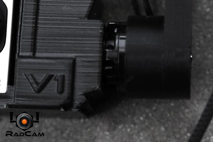 The brushless motor on the tilt axis