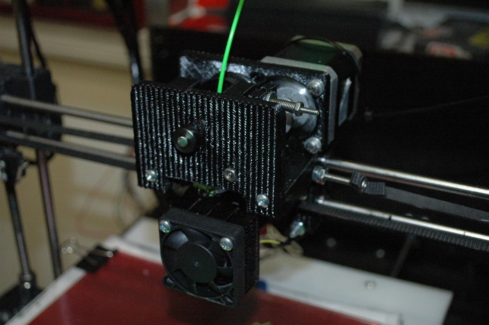 Asterid 3D printer extruder view 001