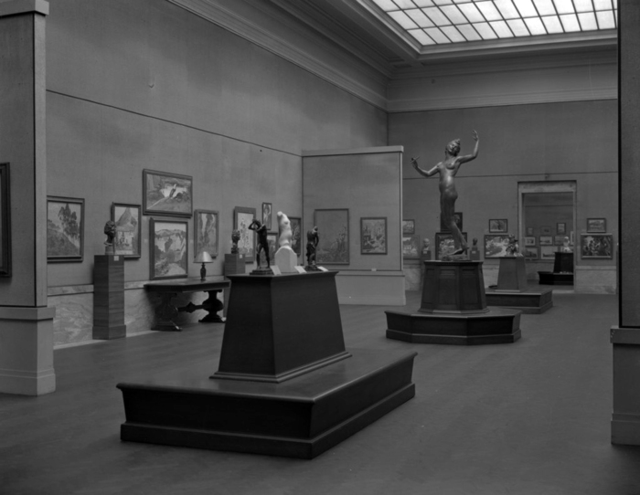 Gallery shot from the 1924 May Show. Courtesy of the Archive of the Cleveland Museum of Art.