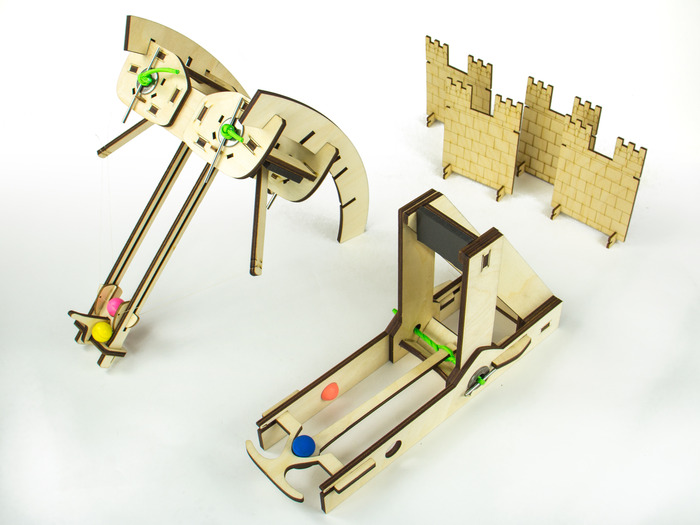 The Siege Toys catapult and ballista - now live on Kickstarter!