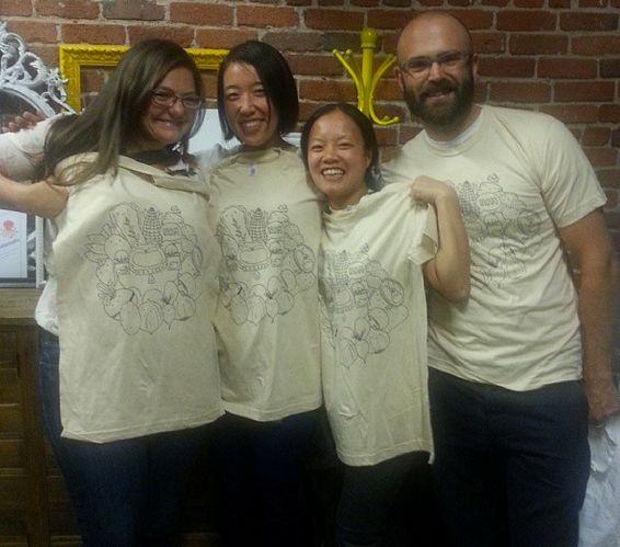 Our great backers with their Nomiku t-shirts.