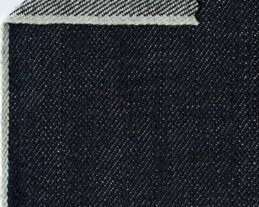 BASIC ORIJEANS AMERICANA - 12 oz, 81% cotton 19% lyocell - indigo solid-white selvage denim from Cone Mill (North Carolina, USA).