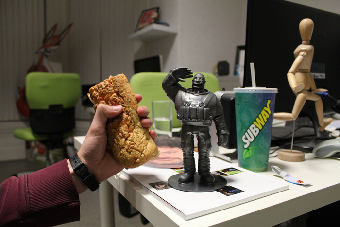 "6"" Italian Herb and Cheese Subway® Melt with lettuce & South West sauce (left), 7.5"" Captain Frank Lee English 3D statuette (right)"
