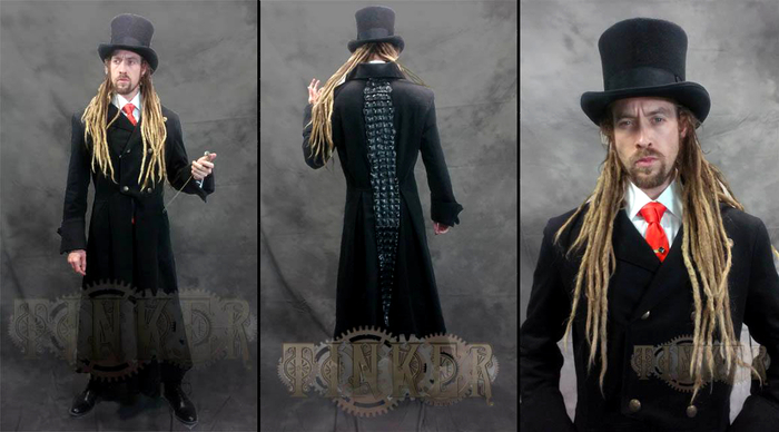 Lord Blackwelder's custom handmade crocodile spine trench coat! (Click to view larger)