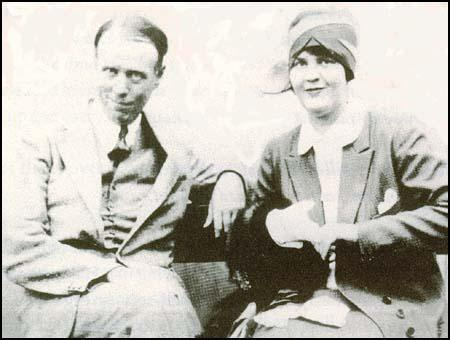 "In 1928, Dorothy Thompson married Sinclair Lewis, the author of ""Babbit"" and ""It Can't Happen Here,"" a novel speculating about the establishment of a fascist dictatorship in America. Sinclair won the Nobel Prize in Literature in 1930 (the first American),"