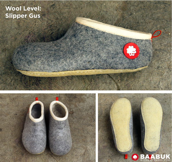 Our top-lover wool slipper. One piece molded. The color is light grey. The sole is from natural rubber.