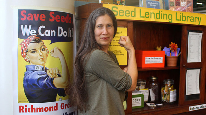 Rebecca Newburn of Richmond Seed Library shows her seed strength!