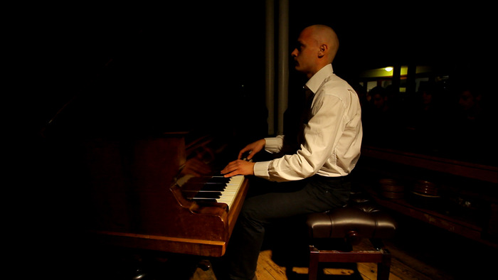 Pijus the Piano player / Director