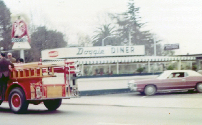 Doggie Diner, corner of C and Mission, Hayward. ~ (Photo: Hayward Area Historical Society)
