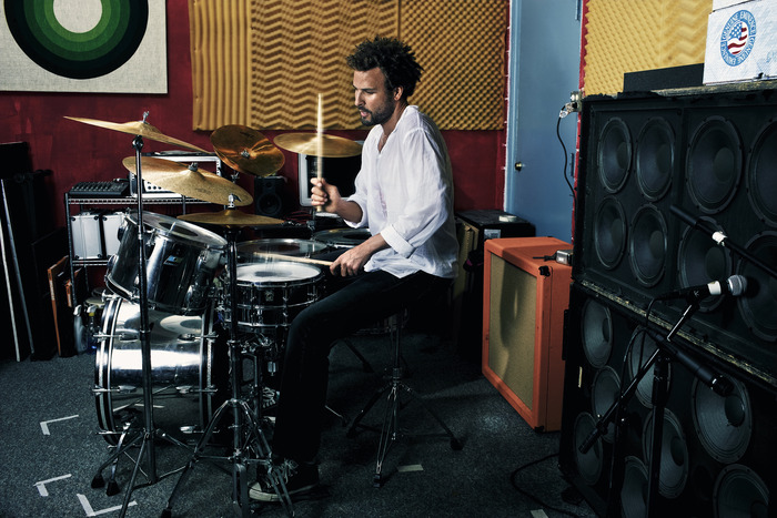 Jon Theodore - Queens of the Stoneage