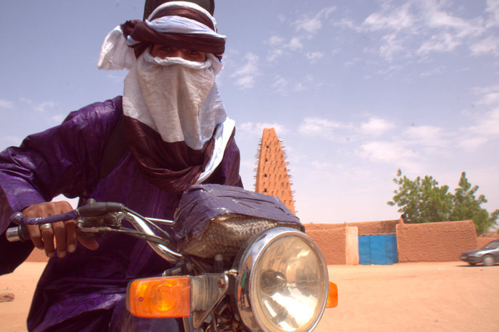 Mdou in front of Mosque, Agadez