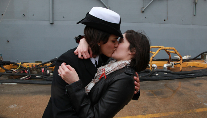 The story is heavily inspired by naval officers Marissa Gaeta & Citlalic Snell's gay kiss after Gatea returned from extended service.