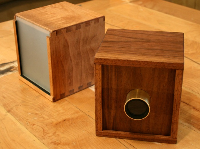 how to make a camera obscura out of a box