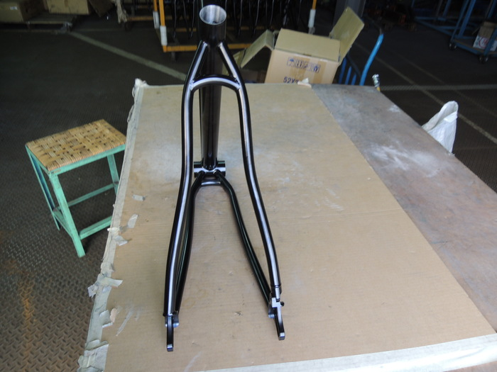 Original rear triangle seat stay and chain stay bends, they proved to be too narrow for tire clearance