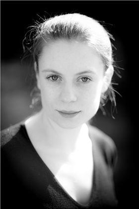 Mollie Fyfe-Taylor plays Chloe.