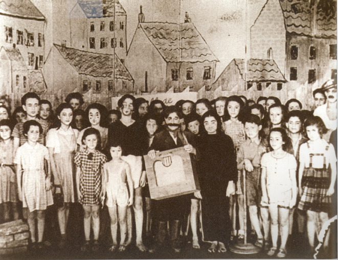 (The original cast of Brundibar in the Therezienstadt concentration camp)