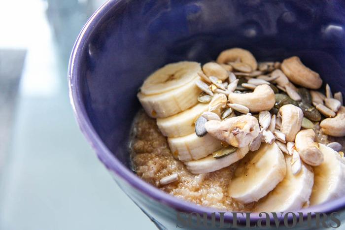 Quinoa porridge sweetened with maple syrup