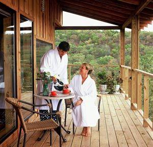 Reward - BONUS Lodging at the cabins of the Ridge Top Resort