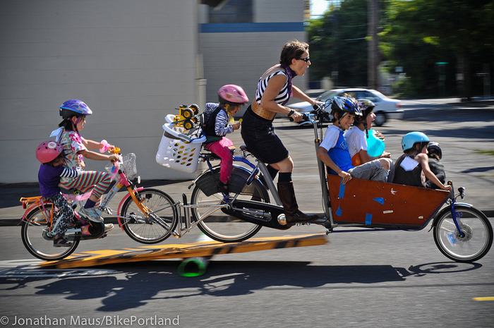 Emily Finch competes in the Portland Fiets of Parenhood event.